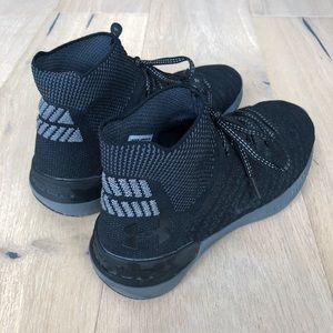 best sneakers da5ff a76db UA Highlight Delta 2 Mid-Cut Running Shoe - Black